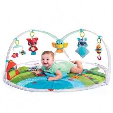 Gimnastyka dla bobasa z pałąkami - Zabawa na łące